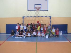 Zawody-Mikołajkowe-klas1 (2)
