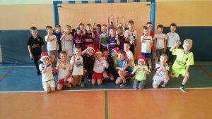 Mikołajkowe rozgrywki UKS i JuniorSport