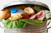 """Akcja """"Zmień swoje przyzwyczajenia, nie wyrzucaj do śmieci jedzenia"""""""