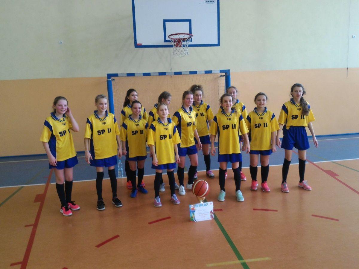Turniej koszykówki w Tarnowie