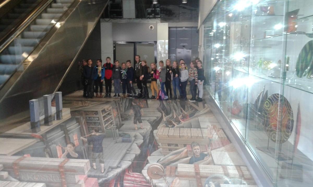 Wycieczka do Centrum Dziedzictwa Szkła w Krośnie