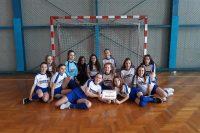 Dziewczęta na III miejscu zawodów rejonowych Igrzysk Młodzieży Szkolnej w szczypiorniaka